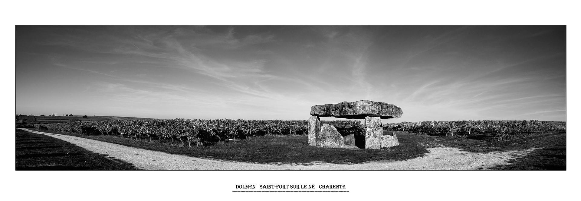 Le dolmen, saint-fort sur le né, Charente, Christian Belloteau, Atelier Focale 16, exposition photo à l'incontournable