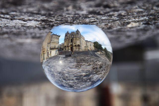 Lens Ball, Hôtel de ville d'Angoulême, Jean-Charles Tardieu, Atelier Focale 16, exposition photo à l'incontournable